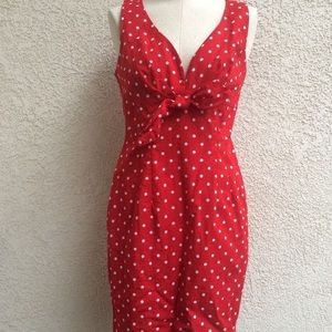 • Pin up front tie dress •